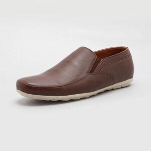 Shoe – Shaddai